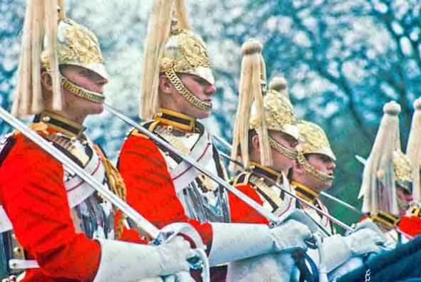 british royal guards on horseback