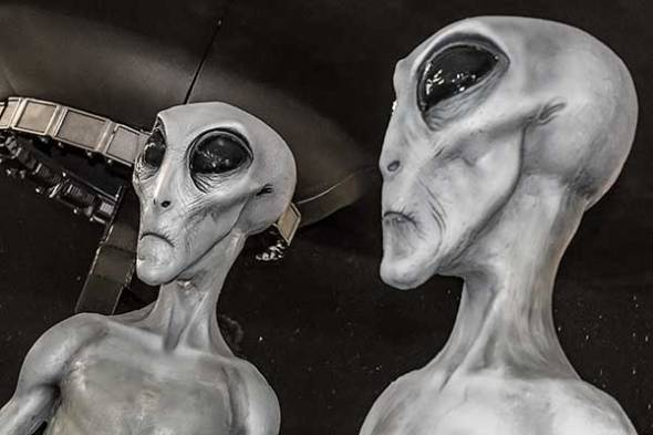 aliens, ufos, flying saucers, extraterrestrials, Roswell, New Mexico