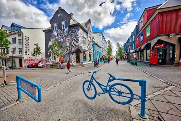 Laugavegur, Reykjavik, Iceland, Tourists, Shoppers